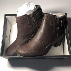 NWOT Rialto Woman's Buckle Zipper Heeled Boots